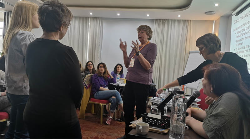 training de terapie dialectic-comportamentala
